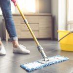 Čistenie podlahy ručné