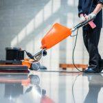 Čistenie podlahy strojové